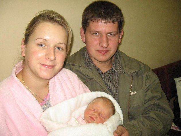 Od úterý 20. října má maminka Lenka spolu s tatínkem Zdeňkem z Dražetic radost ze svého prvního děťátka – dcerky Elen Novákové, která má z toho dne u jména zapsánu váhu 3,73 kg a míru 52 cm.