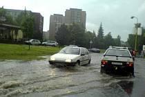 Situace po čtvrtečním prudkém dešti u restaurace Kostka