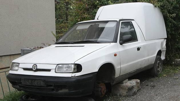 Pro likvidaci autovraků chybí Příbrami odstavné parkoviště s dostatečnou kapacitou.