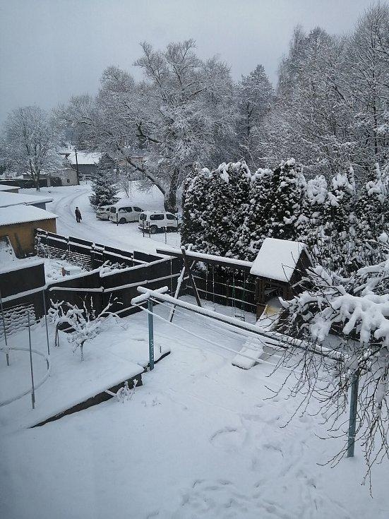 Sněhová nadílka v Bohutíně od Markéty Suchánkové.