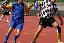 2. liga malé kopané: Return (černobílí) - Nesedláci (0:0).