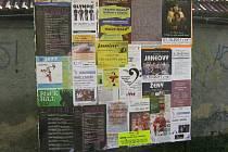 Příbram disponuje několika plochama na vývěs plakátů.