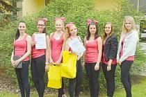 Studentky příbramské integrované školy zvítězily v soutěži fiktivních firem.