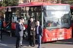 Z přestavení nových autobusů Městské hromadné dopravy v Příbrami.
