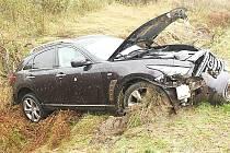 Nehoda 17.10. na R4 u Dlouhé Lhoty s lehkým zraněním.