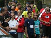 1. český marathon: v cíli čekali na vítěze účastníci SOREX Brdského terénního půlmaratonu.