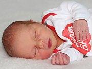 Rostislav ŠTECHER se narodil 21.dubna s váhou 3,08 kg a mírou 50 cm rodičům Monice a Zbyňkovi z Klučenic.