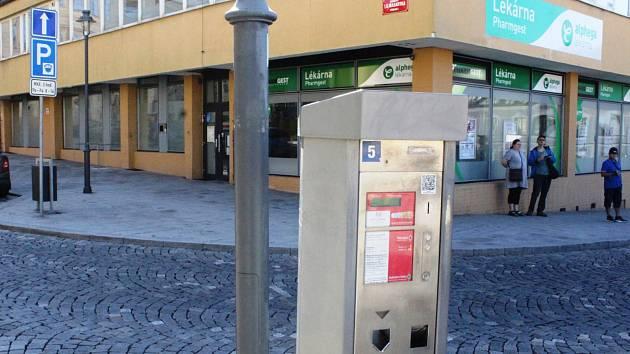 Některé automaty město vymění, jiné pouze modernizuje.