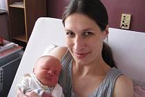 Štěpán Kylar se mamince Janě a tatínkovi Jakubovi z Dobříše narodil v sobotu 3. prosince, vážil 3,01 kg a měřil 49 cm. Oporu bude mít ve starších sourozencích - Jakubovi, Barboře, Kryštofovi a Rosemarie.