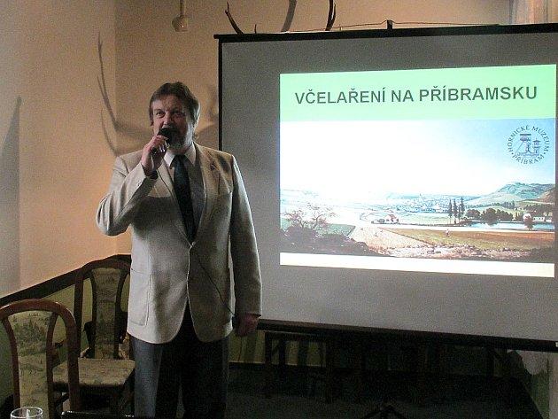 Jiří Roub, předseda příbramských včelařů.
