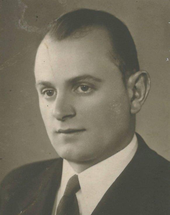 Josef Oktábec z Příbrami padl 11. 5. 1945 u Buku.