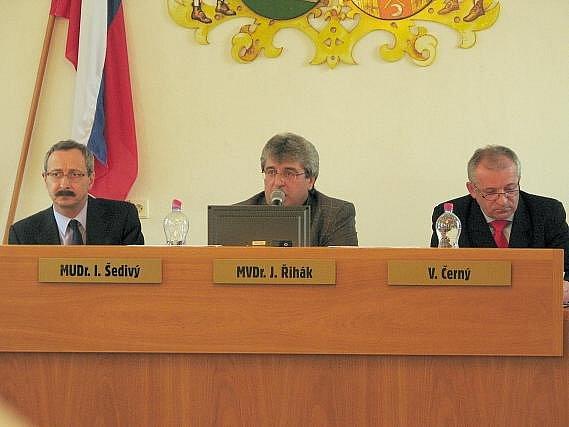 Ivan Šedivý (ODS), Josef Řihák (ČSSD) a Václav Černý (ODS).