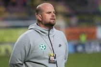 Trenér 1. FK Příbram Roman Nádvorník.