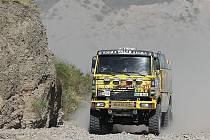 Jaroslav Valtr, David Pabiška a Jan Bervic skončili na 34. ročníku Rallye Dakar na 12. místě.