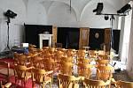 Na zámku v Rožmitále pod Třemšínem se konají divadelní představení.