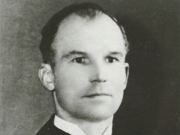 Richard Štěpán (na snímku) zosady Buk byl brutálně usmrcen hitlerovci dne 11.5.1945 vprostoru zvaném VLoužích uMilína, měl rozdrcenou lebku.