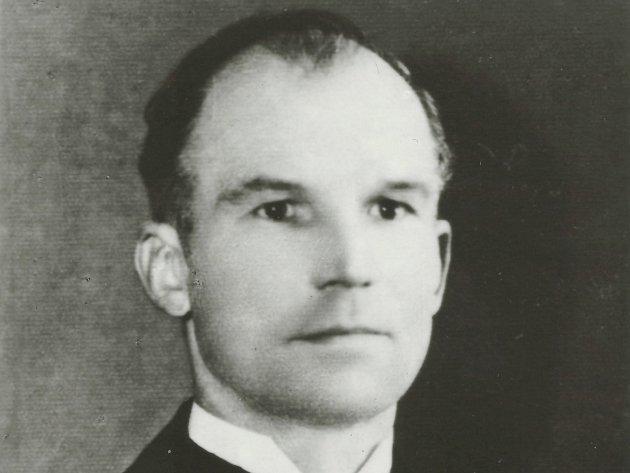 Richard Štěpán (na snímku) z osady Buk byl brutálně usmrcen hitlerovci dne 11. 5. 1945 v prostoru zvaném V Loužích u Milína, měl rozdrcenou lebku.