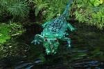 Tvorba Veroniky Richterové - plastika z pet lahví: krokodýl.