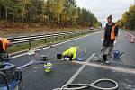 Budování stacionární meteostanice na dálnici D4.