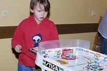 Stolní hokej je hra pro všechny věkové kategorie. Nejmladším členem THC Stiga Game Příbram je v současnosti desetiletý Milan Slepička.