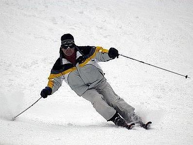 Na Padáku se uskuteční lyžařské a snowboardové závody v úterý od 17 hodin