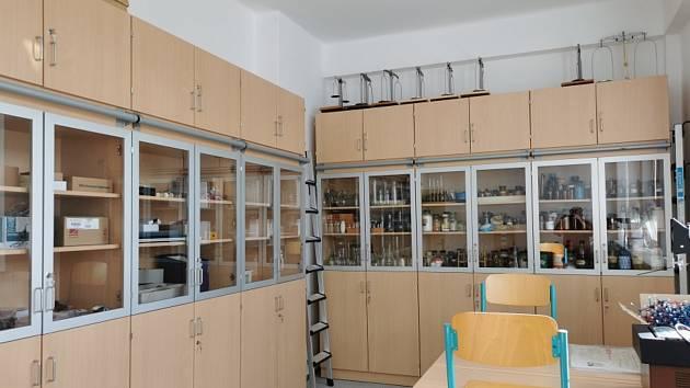 Nová učebna přírodních věd ve škole v Kamýku nad Vltavou.