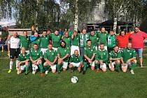 Drevníky v neděli nastoupily k prvnímu mistrovskému fotbalovému zápasu ve své historii.