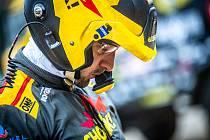 Martin Macík se na nadcházející závod Baja Aragon připravoval doma v Sedlčanech.
