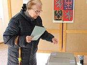 V Dobříši po otevření volebních místností nával nebyl.