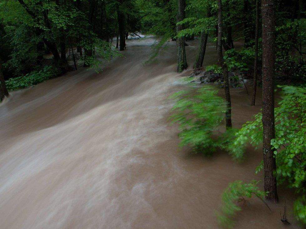 CHKO Brdy - Klabava po dešti.