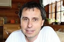 Jaromír Bláha je uznávaný odborník na ochranu přírody, člen Hnutí DUHA a držitel ceny Josefa Vavrouška.