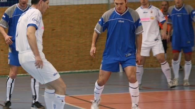 OP futsalu, čtvrtfinále: Jelence - Motor (4:1 a 5:4).