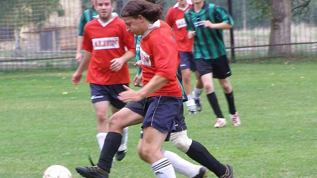 Hráči hřiměždického béčka porazili Krásnou Horu a postoupili do druhého kola okreního poháru.