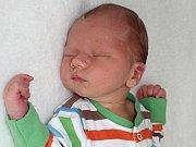 ALEX DUCHÁČ, první synek rodičů Michaely a Ivana z Příbrami, se narodil v pátek 3. března o váze 3,63 kg a míře 54 cm.