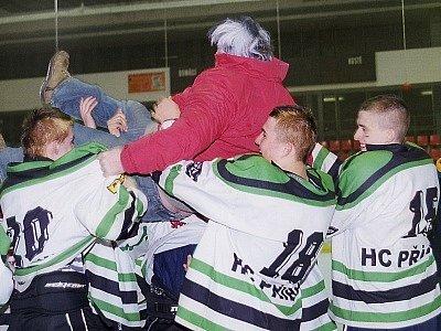 Dorostenci HC Příbram po zásluze postupili zpět do 1. ligy.