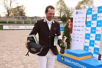 Jiří Hruška, vítěz Velké ceny Martinic 2012 a jeho plemenný hřebec Aristo-Z s titulem Kůň roku 2011.