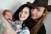 MICHAL KOPECKÝ se narodil v pondělí 6. března o váze 3,91 kg a míře 53 cm mamince Kláře a tatínkovi  Michalovi z Radíče.