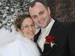 """Lucie Bošková a Richard Valiček si řekli své """"ano"""" v pátek 18. ledna v poledne na Zámečku v Příbrami."""