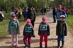 Děti si změřily síly na Medvědí stezce v Lesoparku Litavka.