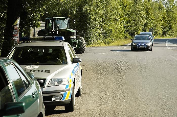 Při dopravně bezpečnostní akci pomáhaly dopravním policistům i nové Passaty.
