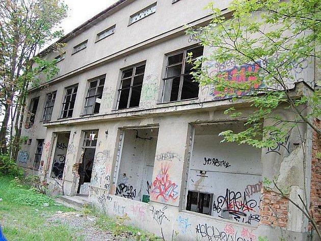 Bývalá důlní strojovna na Březových Horách.