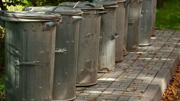 Technické služby kvůli svozu odpadu omezily další své činnosti