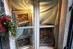 V Příbrami se mohou těšit návštěvníci na betlémy, které jsou vyrobeny z olivového dřeva, špalíčků nebo z kovu, betlémy vznikly ve skupině betlémářů z Biacesa - Valle di Ledro.