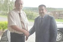 Delegace z Íráku se setkala s Karlem Velflem ředitelem Hornického muzea Příbram.