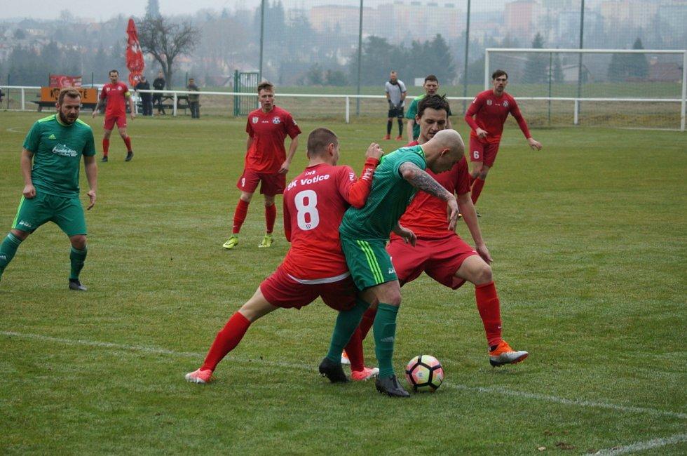 Fotografický průřez nedávnou historií fotbalu v Podlesí.