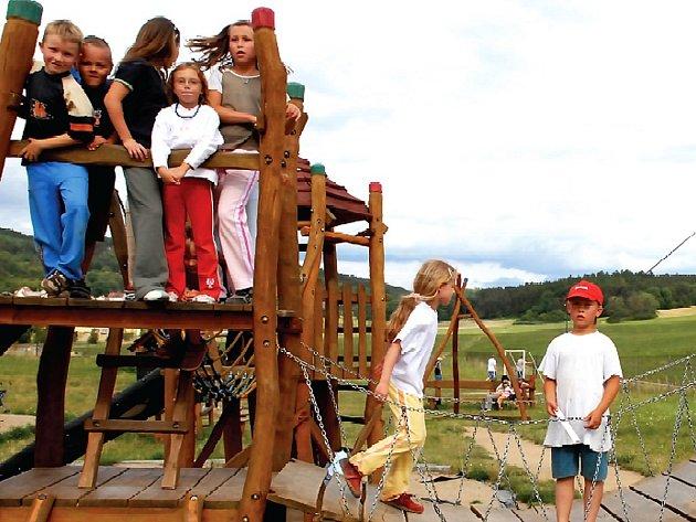 Dětské hřiště v Novém Kníně