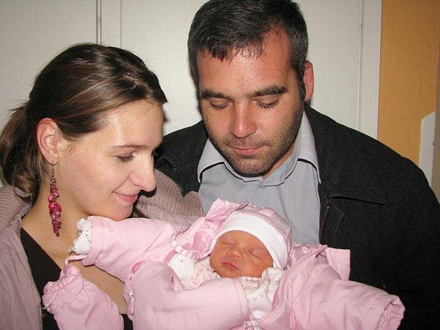 V pátek 1. října přivítala maminka Karolína spolu s tatínkem Janem z Příbrami na světě dcerku Sofii Laštovkovou, která v ten den vážila 2,94 kg a měřila 48 cm. Oporu bude mít ve starších bratrech – pětiletém Honzíkovi a tříletém Toníkovi.