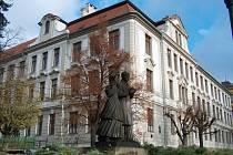 Budova byla otevřena v roce 1908.