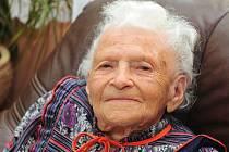Paní Amálie Průšová oslavila 100. narozeniny.