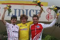 Trojice nejlepších z 1. etapy závodu Lidice - zleva: Kadlec, Hačecký, Boubal